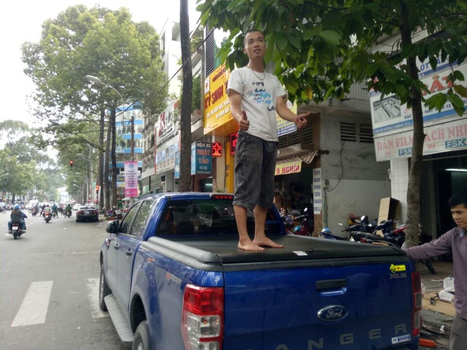 nap thung cuon ford ranger