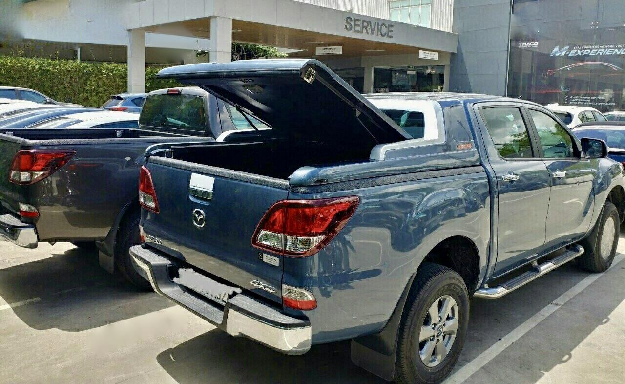 nắp thùng xe bán tải mazda bt50