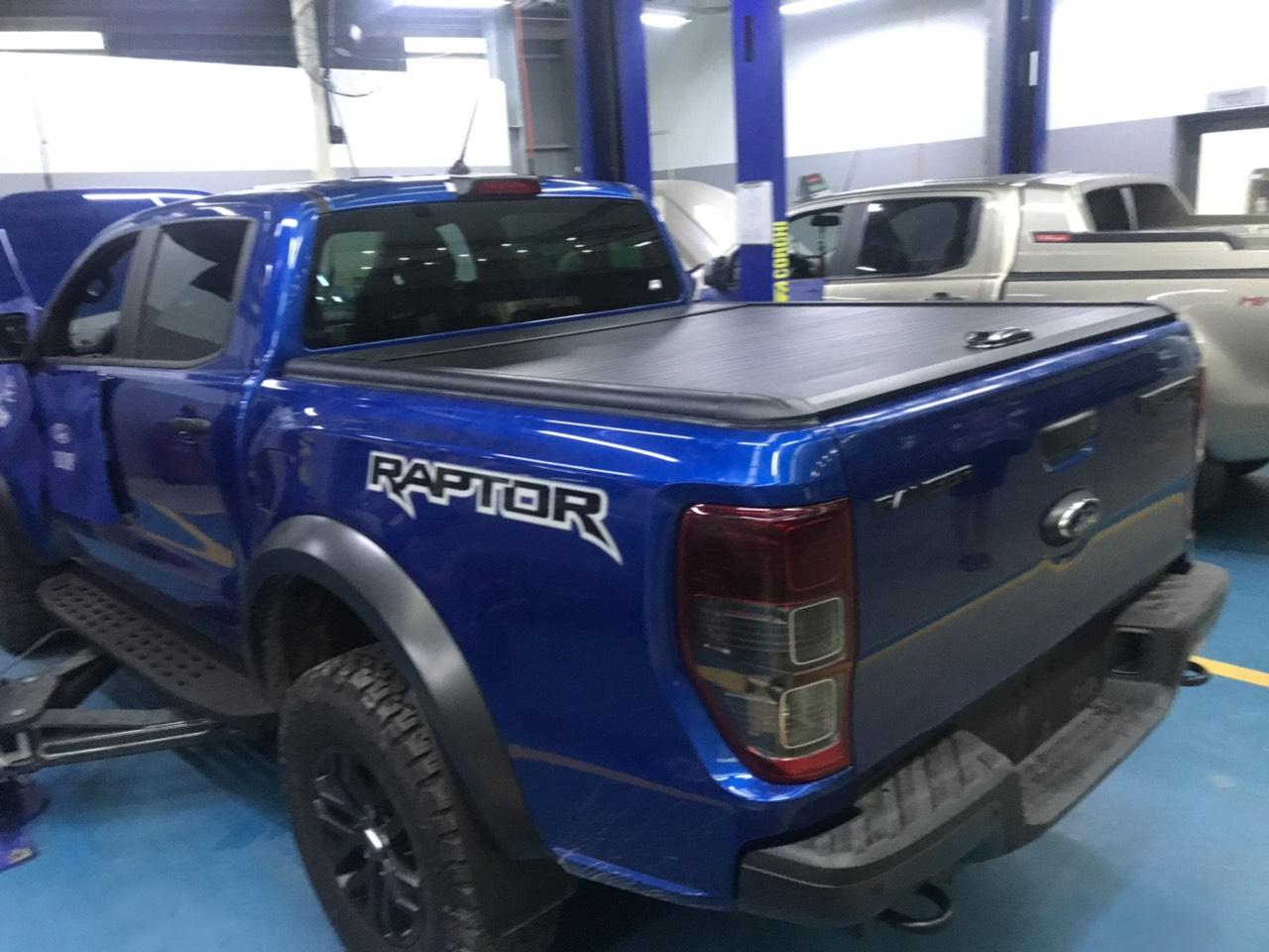 nap thung Ford Ranger raptor cuon keo