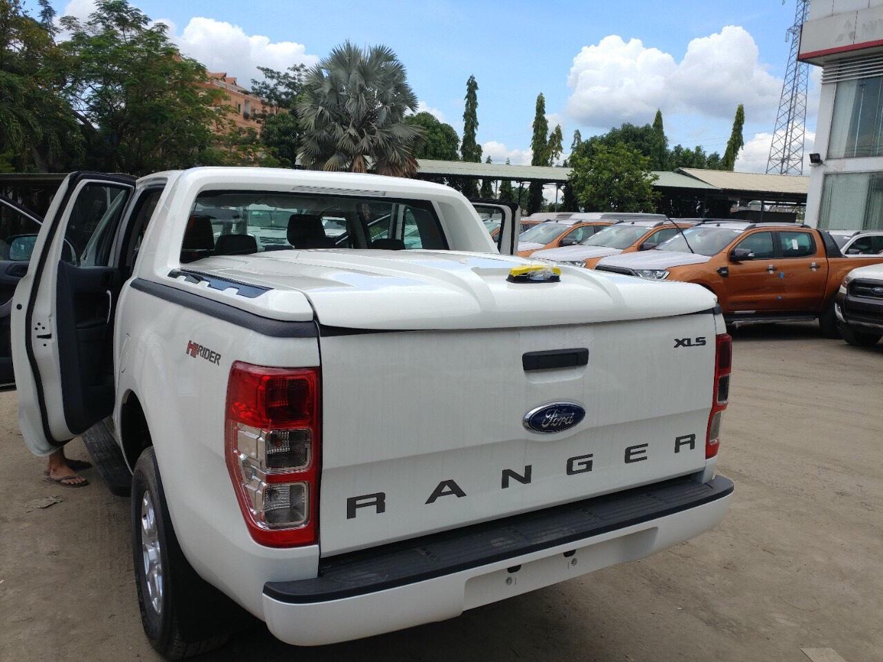 Nắp thùng ford ranger mở 90 độ