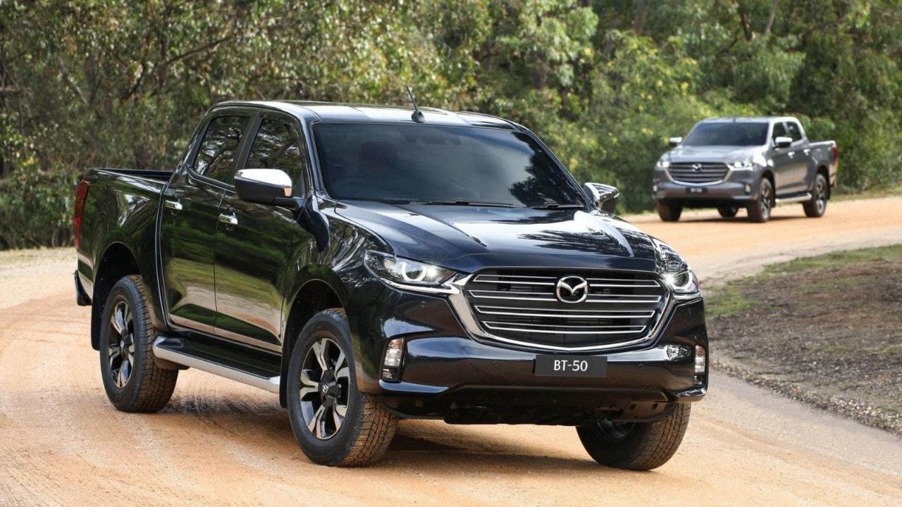 Xe bán tải Mazda BT50 2021