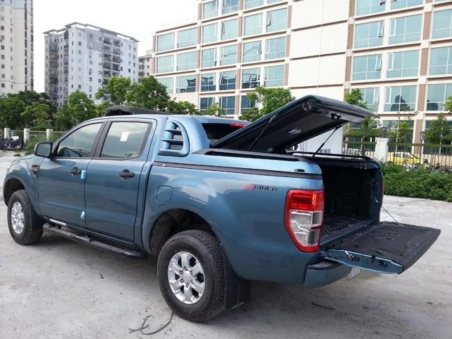 nap thung thap ford ranger mang ca
