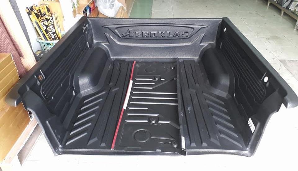 lót thùng xe bt 50
