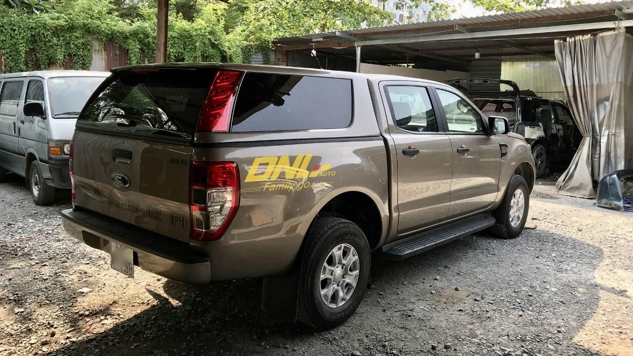 giá nắp thùng cao ford