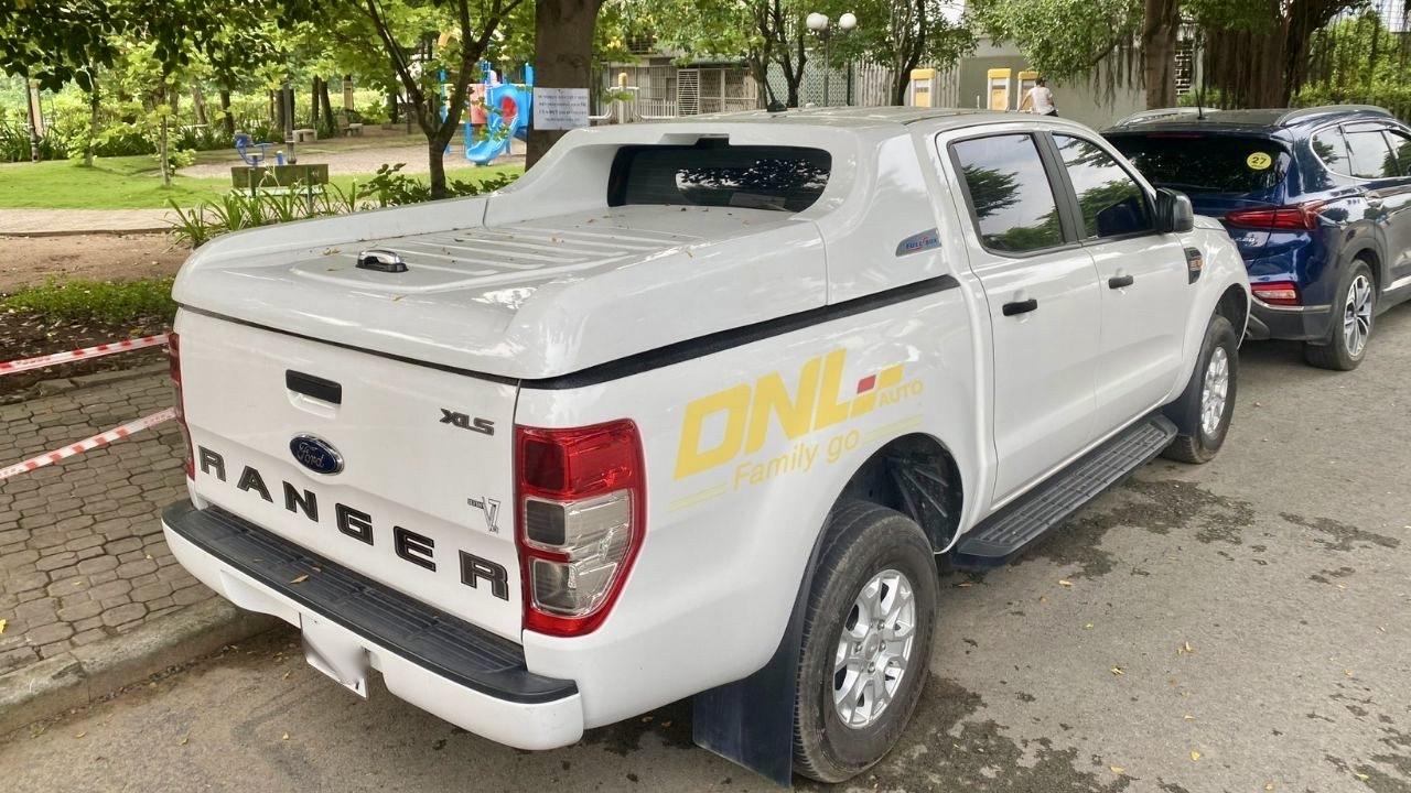 nap thung fullbox ford ranger