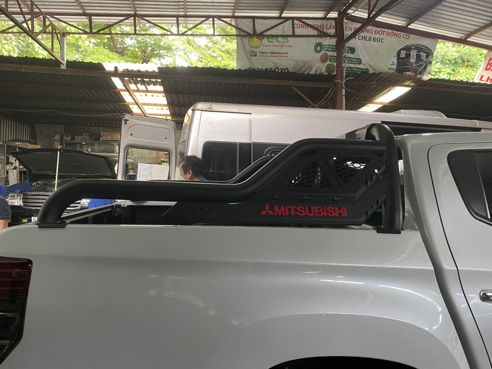 Thanh thể thao Mitsubishi Triton
