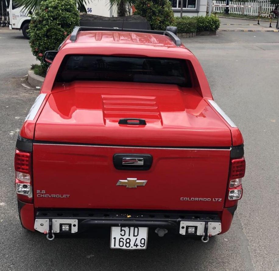 Nắp thùng thấp Chevrolet Colorado