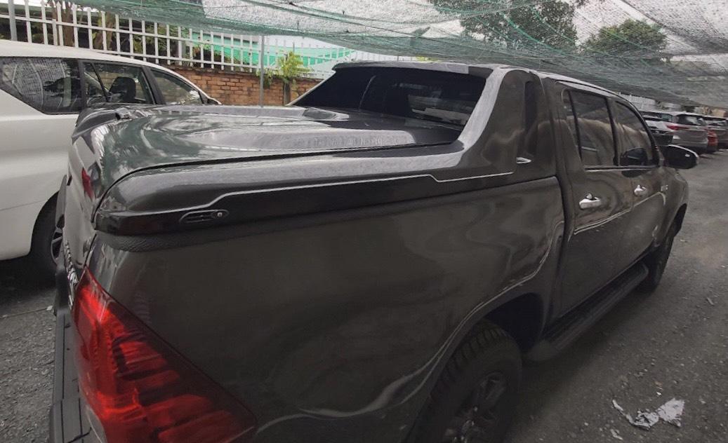 Nắp thùng thấp Toyota Hilux
