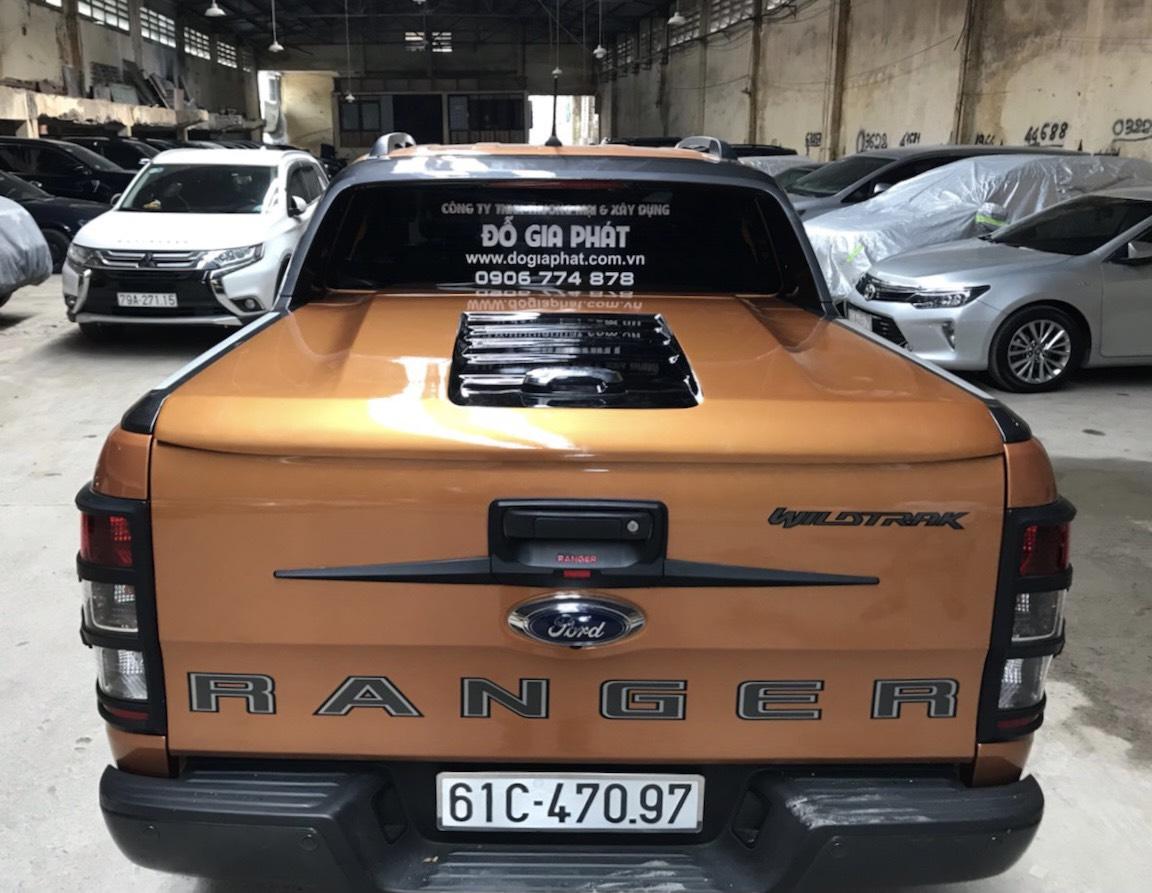 nắp thùng thấp xe bán tải Ranger Wildtrak