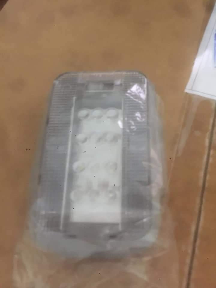 Đèn trần nắp thùng xe bán tải